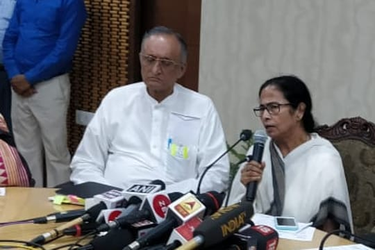 Mamata reaches out but doctors term it eyewash
