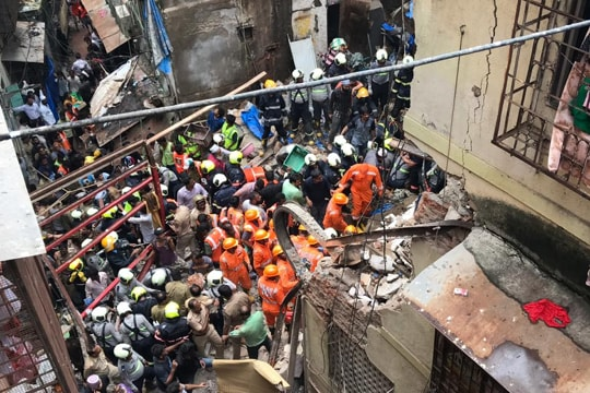 10 killed after century-old Mumbai building collapses