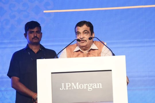 'What's Rs 100?': Nitin Gadkari on protests against steep traffic fines