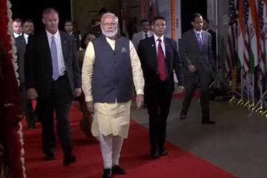 'Thank you Houston for affection,' tweets PM Modi after rousing welcome