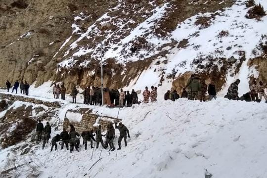 Eight soldiers stuck under snow after avalanche hits patrol in Siachen