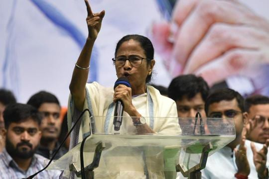 Mamata Banerjee says ready for talks with PM on CAA. Then adds a clause