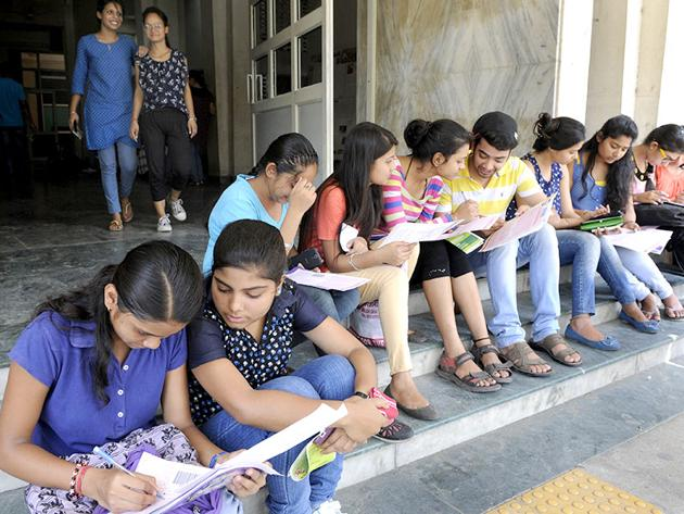 Access to education matters is particularly critical for the marginalised(Sushil Kumar/ Hindustan Times)