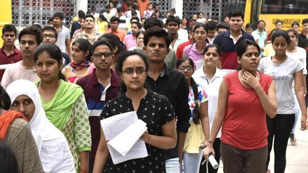 Students leave the campus of Guru Harkrishan Public school at Vasant Vihar after appearing for Neet 2, All India Pre Medical entrance exam, in New Delhi on July 24, 2016.(Arvind Yadav / Hindustan Times)