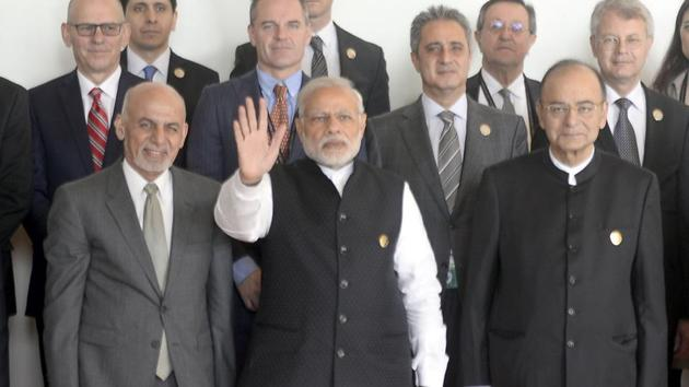 Prime Minister Narendra Modi along with Afghan President Ashraf Ghani and Union finance minister Arun Jaitley and other delegates during the inaugural session of Heart of Asia - Istanbul process on Afghanistan in Amritsar on Sunday.(Gurpreet Singh/HT Photo)