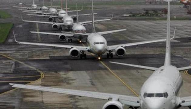 Airlines are largely to blame for flight disruptions at the Capital's airport, rather than this winter's first spell of dense fog.(HT Representational Photo)