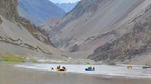 Indus Waters Treaty, signed in 1960, gives India control over the three eastern rivers of the Indus basin - the Beas, the Ravi and the Sutlej - while Pakistan has the three western rivers- the Indus, the Chenab and the Jhelum.(File Photo)