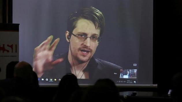 Edward Snowden speaks via video link during a conference at University of Buenos Aires Law School, Argentina, November 14, 2016.(Reuters)