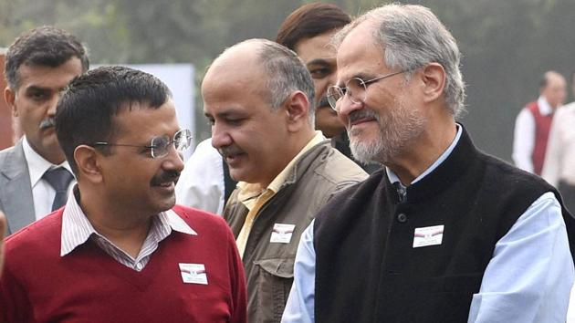 In this file picture Delhi Lt Governor Najeeb Jung is seen with chief minister Arvind Kejriwal in New Delhi. Jung on Thursday resigned as the Lieutenant Governor of Delhi.(PTI Photo)