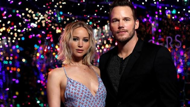 Cast members Jennifer Lawrence and Chris Pratt pose during a photo call for the movie Passengers in Los Angeles.(REUTERS)