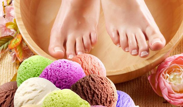 Choose from mojitos, pina coladas or ice-cream sundaes for delicious new manicures and pedicures this party season.(Getty Images/iStockphoto)