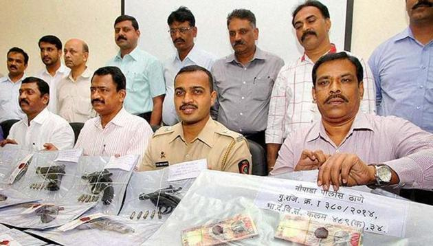 The police on Friday busted a Nalgonda-based currency exchange racket and seized Rs. 19.7 lakh in Telangana.(Representational Photo)