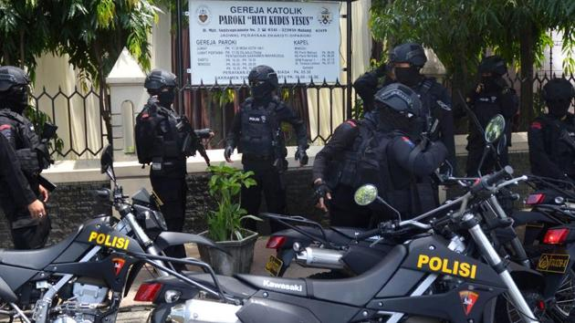 Indonesian anti-riot police.(AFP Photo)