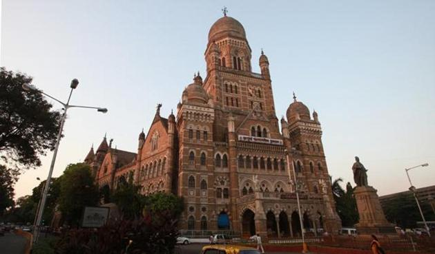 This is the first time the BMC has taken action against an organisation for alleged misuse of an open space under its control.(HT File Photo)