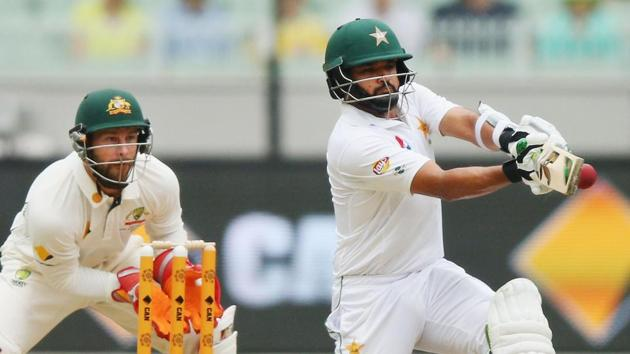 Azhar Ali stood tall with 139* as Pakistan ended day 2 on 310/6. Relive all highlights of day 2 between Australia vs Pakistan here.(Getty Images)