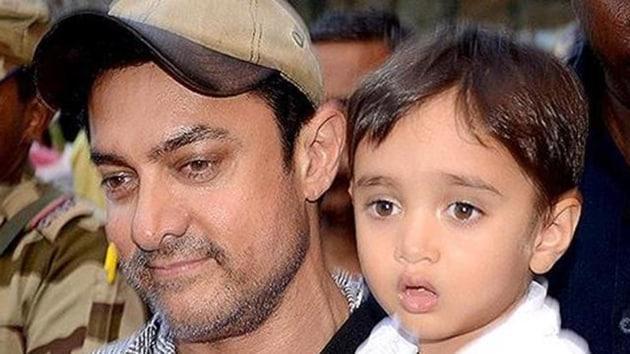 Aamir Khan poses with son Azad.