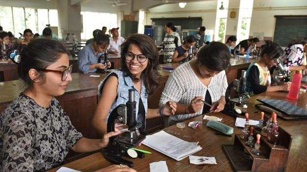 None of the Delhi University colleges got the top grade in the assessment by the National Assessment and Accreditation Council (NAAC).(Sushil Kumar/HT Photo)
