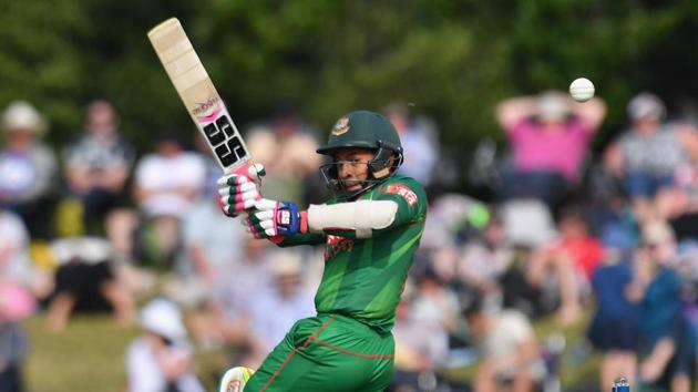 Mushfiqur Rahim will miss the remaining ODIs and T20Is against New Zealand after suffering a hamstring injury in Christchurch.(Getty Images)