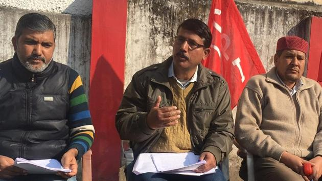 Left leaders at a media briefing announce to jointly contest 25 seats in the upcoming assembly elections in the state.(HT Photo)