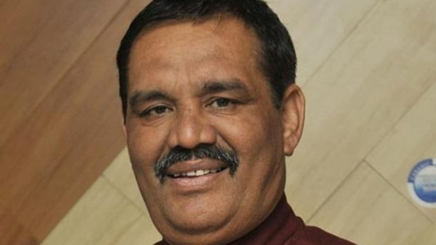 Punjab BJP chief,Vjay Sampla, who will launch the party's 'Vijay Sankalp Yatra' from Hussainiwala in Ferozepur on Thursday, ruled out any differences among state party leaders.(HT File Photo)