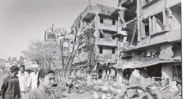 This file photo from 1993 shows a completely devastated building in Worli after one the explosions of the serial bomb blasts.(HT File Photo)