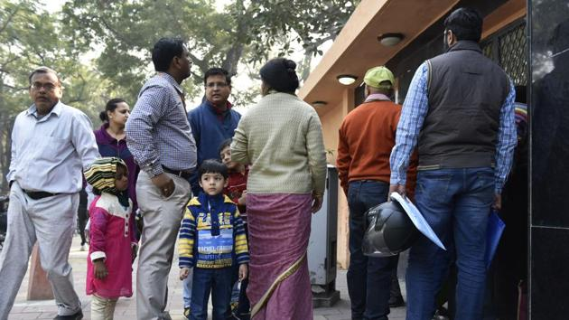 Constant changes in nursery admission guidelines have confused both the parents and schools.(Saumya Khandelwal/HT Photo)