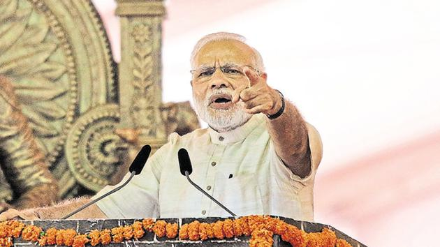 The news of the possible New Year's eve address by Narendra Modi evoked instant reactions on Twitter(REUTERS)
