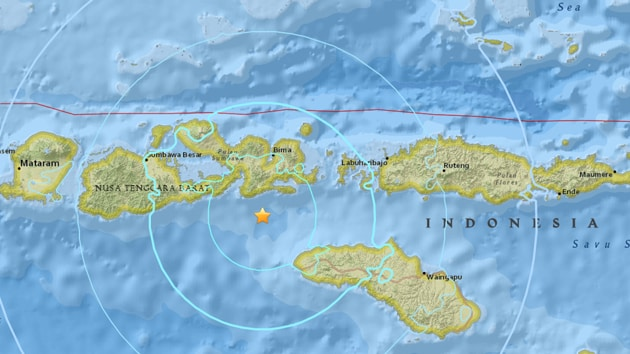 The undersea quake was felt strongly in the area and some surrounding islands including the resort of Bali.(USGS)