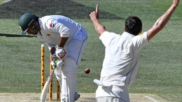 Pakistan suffered a dramatic collapse on the final day of the Melbourne Test as they lost by an innings and 18 runs to squander the series to Australia.(AP)