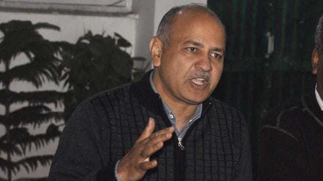 Delhi deputy CM Manish Sisodia addresses reporters after a CBI team 'visited' the office of officer-on-special-Duty (OSD) to Delhi health minister Satyendar Jain to scrutinise documents in connection with its FIR alleging irregularities in his appointment.(HT Photo)