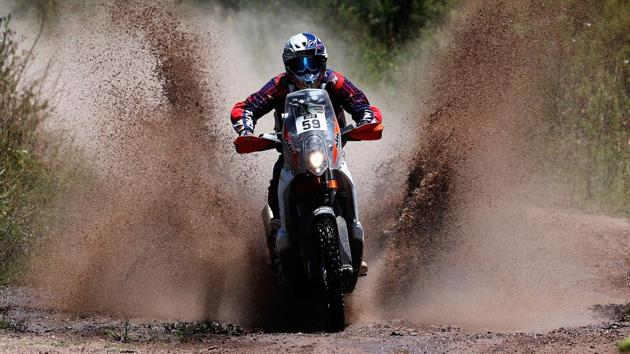 India's ace rider CS Santosh will be participating in his third Dakar Rally as part of a factory team — Hero MotoSports Team Rally(Getty Images)
