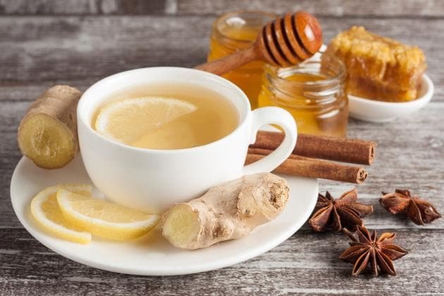 Herbal teas are extremely beneficial in cold weather(Shutterstock)