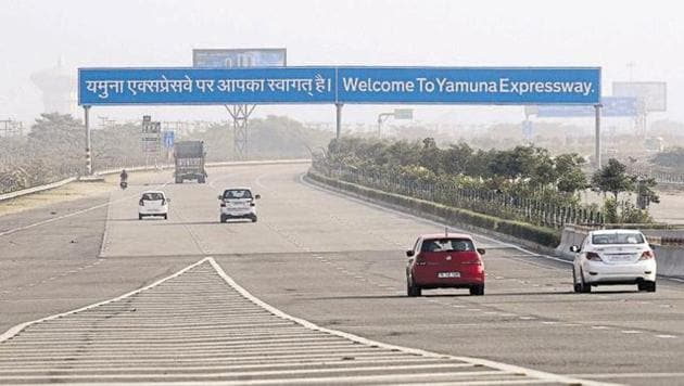 According to officials, sudden halts on the expressway often lead to accidents.(HT File Photo)