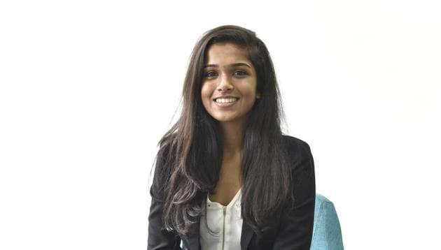 India simple girl in 200 Unique