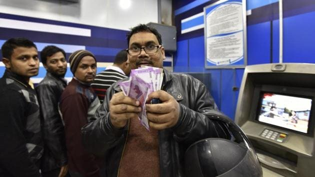 ATMs were getting around Rs 9,000 crore a day against Rs 2-3,000 crore in the early days of demonetisation, sources in banking sector said.(Arvind Yadav/ HT Photo)