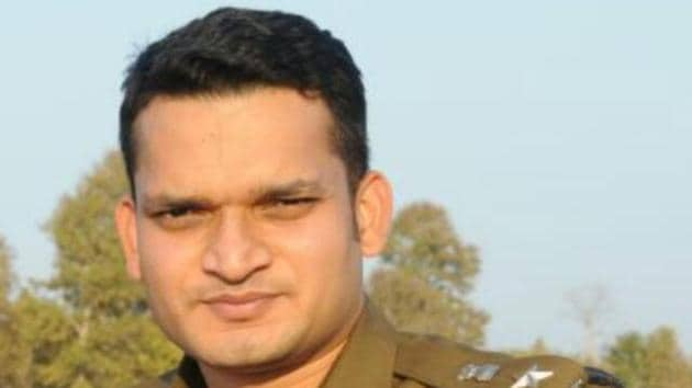 IPS officer Gaurav Tiwari was transferred from Katni barely six months after his posting in the area.(HT Photo)