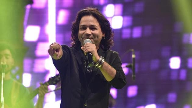 Kailash Kher says he has been supporting new bands and artistes to help rejuvenate India's music industry.(Arijit Sen/HT Photo)