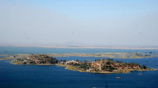 Karang Island in Manipur's Loktak lake.(RK Birjit/HT Photo)