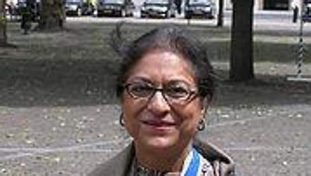 Noted Pakistani human rights lawyer and activist Asma Jahangir spoke on 'Religious Intolerance and its Impact on Democracy' at the 2017 Amartya Sen lecture at the London School of Economics.(Twitter/Asma Jahangir)