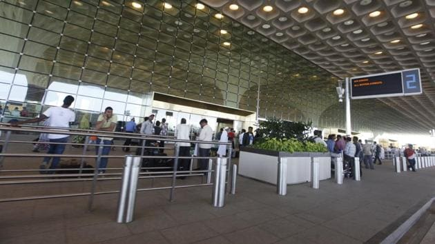 Indian skies recorded 9.5 million fliers, up from 7.7 million in the same period last year, the data showed.(HT FILE)
