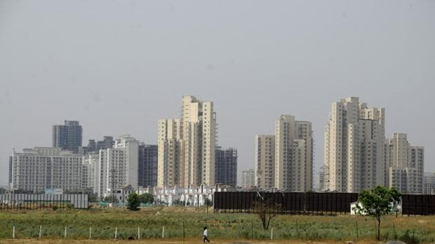 The real estate sector in NCR suffered a revenue loss worth Rs 3,700 crore on account of demonetisation.(HT Photo)