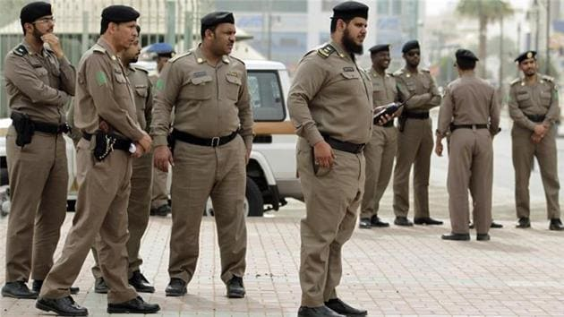 The security forces in Saudi Arabia have arrested 13 Pakistanis and three Saudis suspected of having links to terrorists who blew themselves up during a weekend fire fight with police.(AP File Photo)