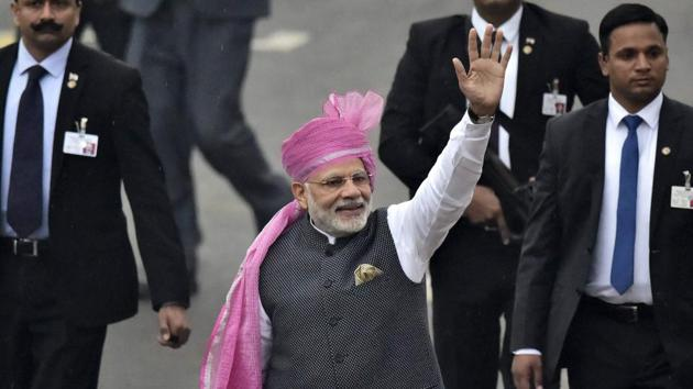 For the special day, the PM chose to go with monochromes, except for his stand-out statement pagdi.(PTI)