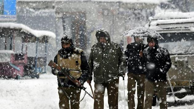 Avalanches struck an army camp and a patrol team in Tulail area of Gurez sector in Bandipora district, resulting in multiple casualties.(AP File Photo)