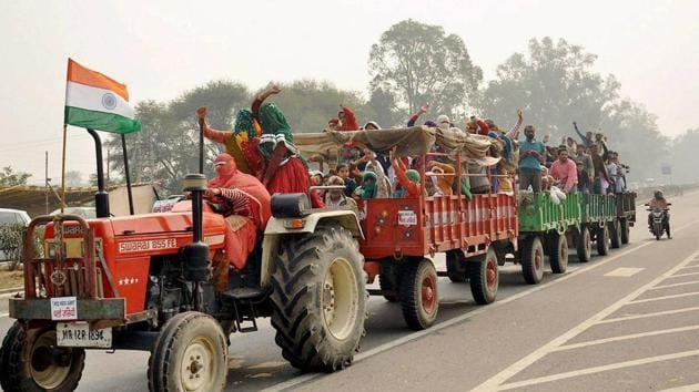 Jat women protesters on way to Jassia village during their agitation for reservation in Rohtak.(PTI photo)