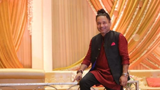 Artist Kailash Kher was awarded the Padma Shri this year.