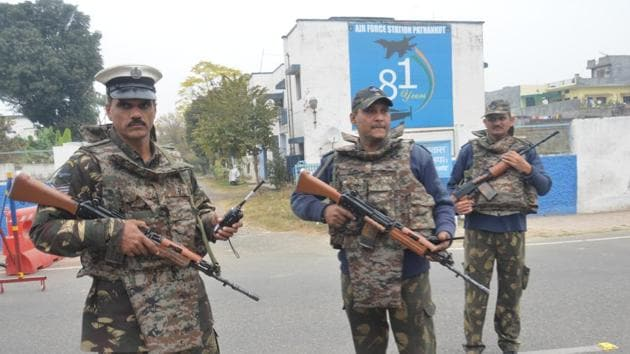 Soldiers stand guard inside an airbase in Pathankot.(HT File Photo)