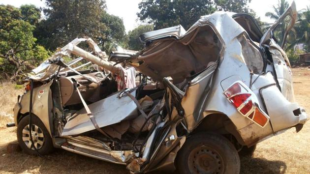 Seven people were killed and one seriously injured after a speeding car rammed into a tree on the Mumbai-Goa highway on Wednesday.(HT PHOTO)