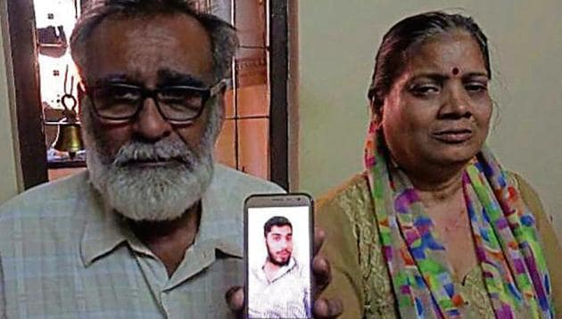 Rakesh Talreja's family rejected a compensation offer and instead requested the government to bring his body back to Vasai.(HT Photo)