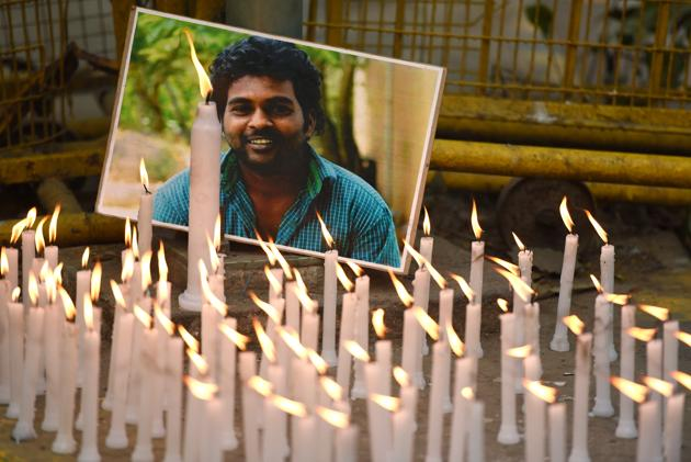 Activists of various organisations (not in picture) light candles to observe Rohith Vemula's first death anniversary at Jantar Mantar in New Delhi on January 17, 2017.(Virendra Singh Gosain/HT File)